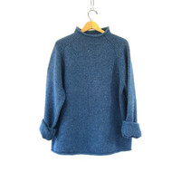 Vintage blue lamb's wool sweater. Oversized sweater. knit pullover.