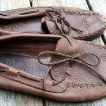 minnetonka moccasins driving shoes size mens 8 womens 10