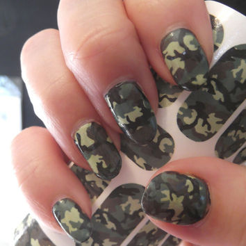 Free Shipping - GREEN CAMO Nail Art Decals (CM2) Camouflage Full Nail Decoration Long and Short Nails Transparent Colors Waterslide Stickers