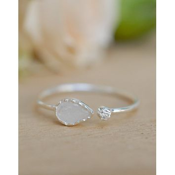 Pietra Ring Sterling Silver - Moonstone (BJR125C)