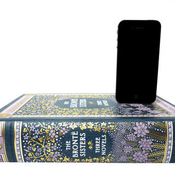 Bronte Sisters booksi Charging Dock for iPhone or Android