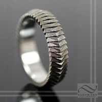 Segmented Scale Armor Ring - 14k GOLD