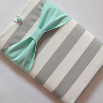 Macbook Pro 15 / Macbook Retina Case , Laptop Sleeve - Grey and White Stripe with Mint Bow