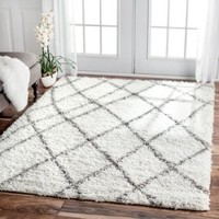 nuLOOM Alexa My Soft and Plush Moroccan Trellis White/ Grey Easy Shag Rug (5'3 x 7'6) White - Walmart.com