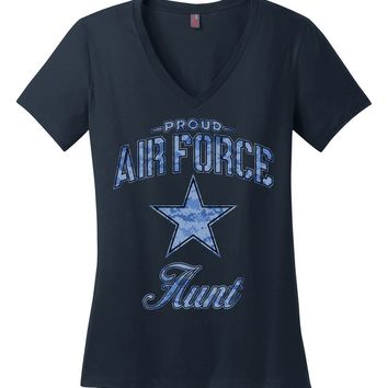 Proud Air Force Aunt Women's V-Neck T-Shirt (Camo)