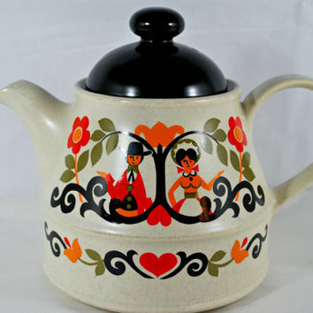 Sadler Teapot Folk Love Pottery Black Red Orange and Green , England Sadler Tea Pot
