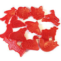TWELVE DAYS of CHRISTMAS Cookie Cutters, Vintage Christmas Cookie Cutter, holiday cookie cutters, kitchenware, Vintage Chilton cookie cutter