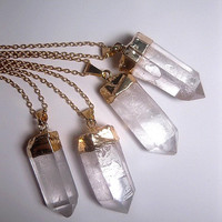 Raw Quartz Necklace - Crystal Necklace - Point Crystal - Natural Necklace - Gold Quartz