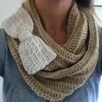 Crochet infinity scarf with bow