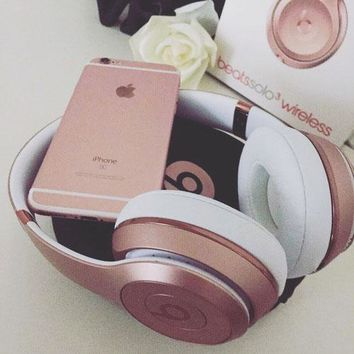 Beats Solo 3 Regardless of age Wireless Magic Sound Bluetooth Wireless Hands Headset MP3 Music Headphone With Microphone Line-in Socket TF Card Slot For Couple Rose gold