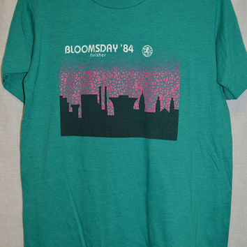 Vintage NIKE 1984 BLOOMSDAY RUN UsA T-shirt 80's Blue Tag Shirt Sz-M