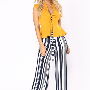 Striped Down High Rise Pants - Navy/White