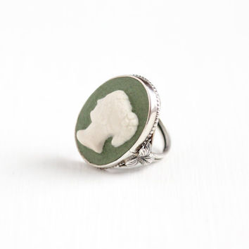 Vintage Sterling Silver Green & White Ceramic Cameo Ring - Size 5 3/4 Molded Raised Art Deco 1930s Leaf Motif Statement Silhouette Jewelry