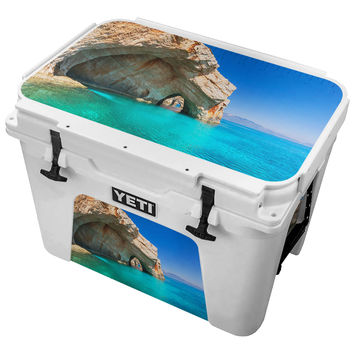 Rock Caves On Crystal Blue Ocean Skin for the Yeti Tundra Cooler