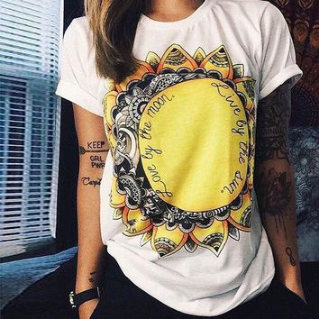 ESBONX5H White Sunflower and Letter Print T-Shirt