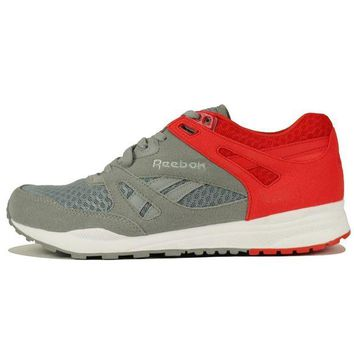 DCCKLP2 Reebok for Men: Ventilator Grey Sneaker