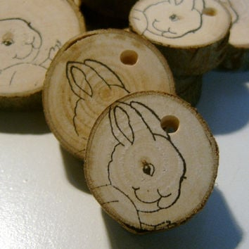 20 Round Peter Rabbit Easter Bunny  Wooden Tree Branch Tags Party Favor DIY Decor