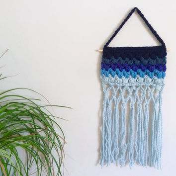 Crochet Wall Hanging Beach Decor Blue Ombre Wall Hanging Crochet Wall Decor Nursery Decor Baby Girl Nursery Baby Boy Nursery Boho Chic Decor