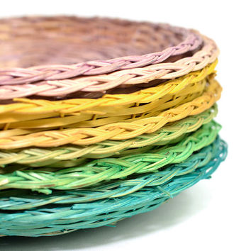 Pastel Wicker Plate Liners (Set of 8) – Colored Holders for Paper Plates or Repurpose – Pink, Yellow, Green, Turquoise – Vintage Kitchen