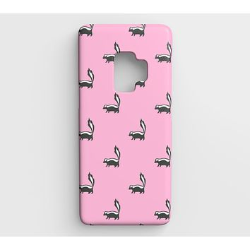 Skunk Cell Phone Case Galaxy S9 - Black on Pink