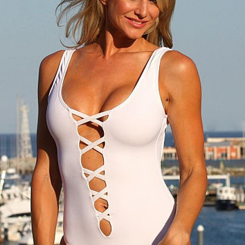 UjENA New 2015 Collection Sexy South Hampton 1-PC W109 Scoop neckline Deep plunge Wide straps Summer Beach Sexy Women