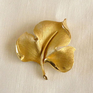 Vintage Crown Trifari Leaf Brooch