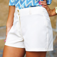 Sea Breeze Shorts: Off White | Hope's