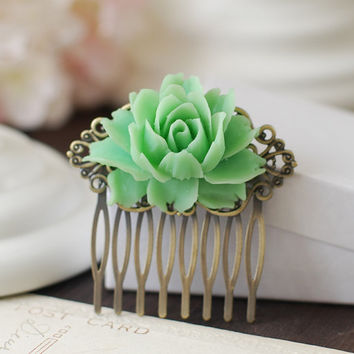 Large Ice Green Flower Hair Comb. Vintage Inspired Antique Brass Art Nouveau Filigree Hair Comb. Bridal Wedding Comb. Bridesmaids Hair Comb