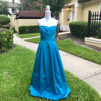 DAVID'S BRIDAL Women's A-Line Teal-Blue Satin Formal Prom Dress, Size 10