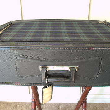 Large Green Plaid Leeds Luggage, Hard Sided Vintage Suitcase, 1960s Lightweight Tartan Suitcase