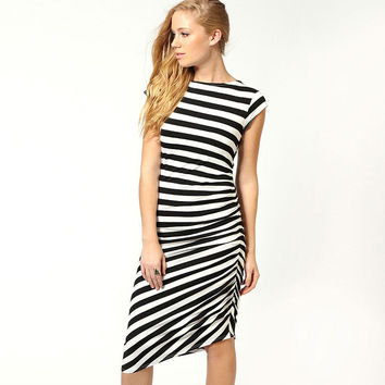 Black and White Stripes Short Sleeve Ruched Mini Dress