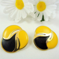Vintage Yellow and Black Gold Stud Earrings Large Cute Jewelry Gift 27
