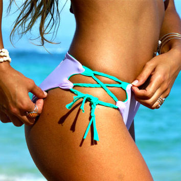 KULA : REVERSIBLE Lace Up Bikini Bottoms 2 Suits in 1