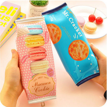 2016New Pencil Case Cookies Biscuit Macarons Bts Pencilcase School Bags Stationery Pencil Box School Supplies Estojos De