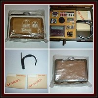 Kenner - Oscar Goldman-Exploding Briefcase And Contents 1974-75 (item #1291444)