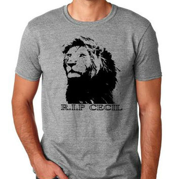 Cecil The Lion T-shirt unisex