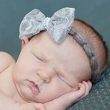 Adorable Gray Bow Crochet Baby Headband