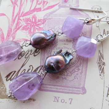 Amethyst earrings with grey baroque pearls, raw stone jewelry, sterling silver 925, gemstone jewellery, Sofia's Bijoux  Made in Italy
