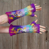 Hand felted mittens, fingerles gloves, warm wool mittens, arm warmers, shades of purple, bohemian fashion, nuno felted gloves,  OOAK