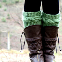 Knitted Boot Cuff  Woman  - Green Short Cable Knit Boot Cuffs. Short Leg Warmers. Crochet Boot Cuffs. Green Legwear