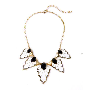 Maple Leaves Collar Necklace