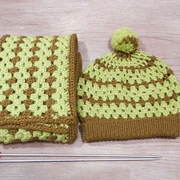 Crochet winter set of beanie and scarf, neon beanie, neon scarf, knitted beanie, knitted scarf, pompom beanie, long scarf, crochet scarf