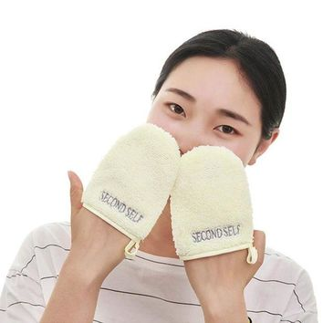 DCCKKFQ Makeup Remover Cleansing Gloves 1pcs Facial Scrubber Pad Durable Pore Cleansing and Face Remover Puff Tool New Arrival