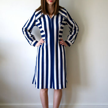 Vintage Nautical Striped Dress. Navy and White 70s Sailor Dress. Women's Medium.
