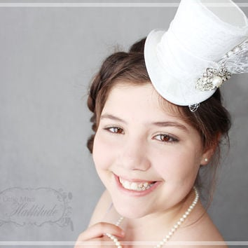 Wedding Hat , Bridal Mini Top Hat , Tea Party Hat , White Wedding Hat , Bridal Party Hats , Bridal Shower