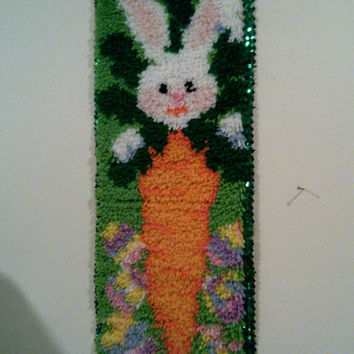 EASTER BUNNY And CARROT Wall Decor Latch Hook Rug Rug Hook Adorable Wall Hanging