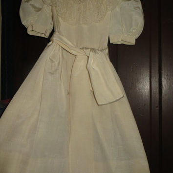 Vintage Sylvia Whyte saks fifth ave Girls  off White Flower Girl  First Communion /party Dress  Embroidered lace