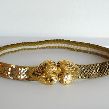 Vintage 1970- 80s Glam / New wave Gold Metal / Snake Scale Stretch Belt with Heart Buckle
