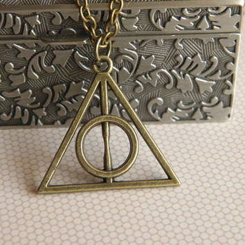 antique bronze Harry Potter - Luna Lovegood The Deathly Hallows necklace