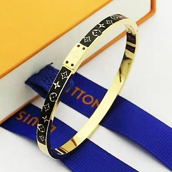LV Louis Vuitton New fashion monogram couple bracelet accessories Golden